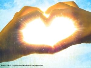 hands_making_love_heart_with_shining_light hugsacrosstheuniverseblogspot